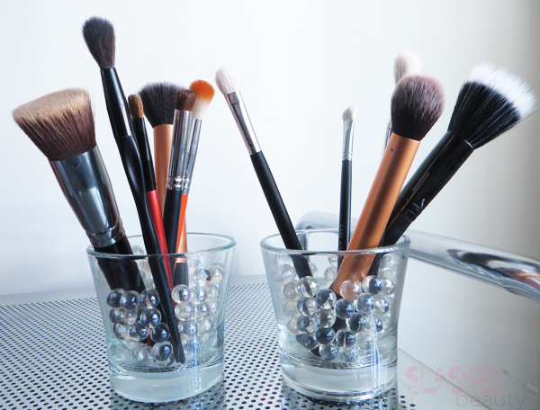 Makeup organization ideas using household items slashed for Other uses for household items
