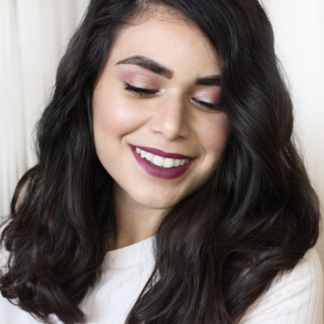 Check out how I get this tousled waves hairstyle with a regular curling iron! | Slashed Beauty